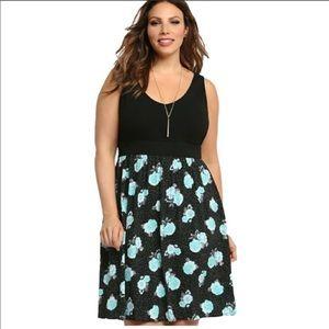 Torrid size 1 blue floral dress black